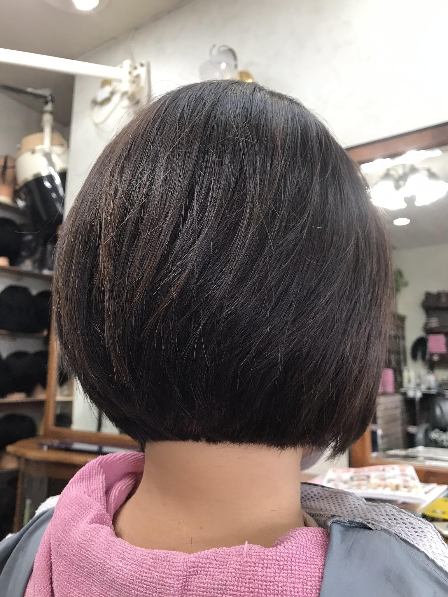 トップの髪が短いボブって? つむじが割れる髪質にはコレ