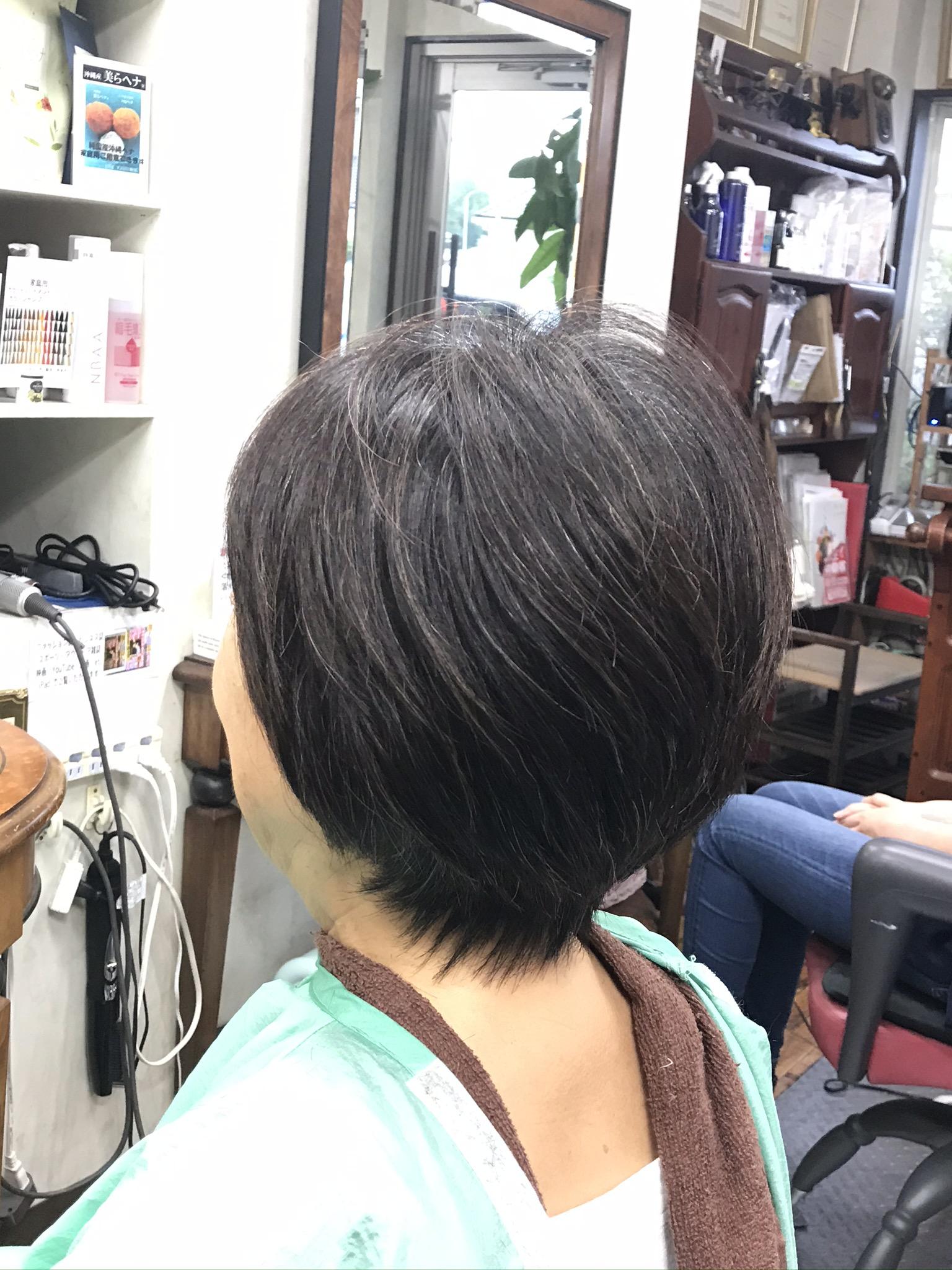 硬い毛 縮毛を柔らかく仕上げる リーフストローク