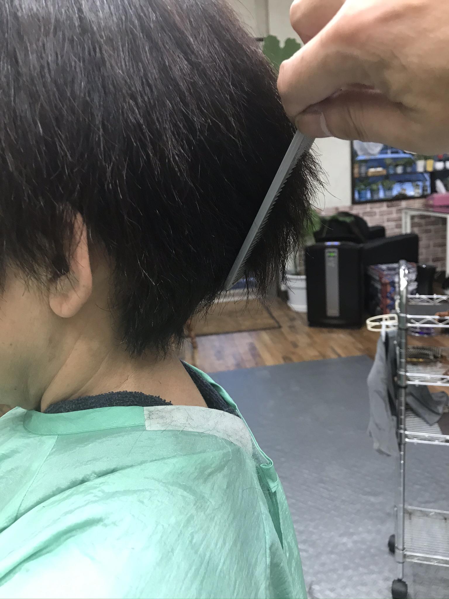 漢方毛染とくせ毛の2セクションカット