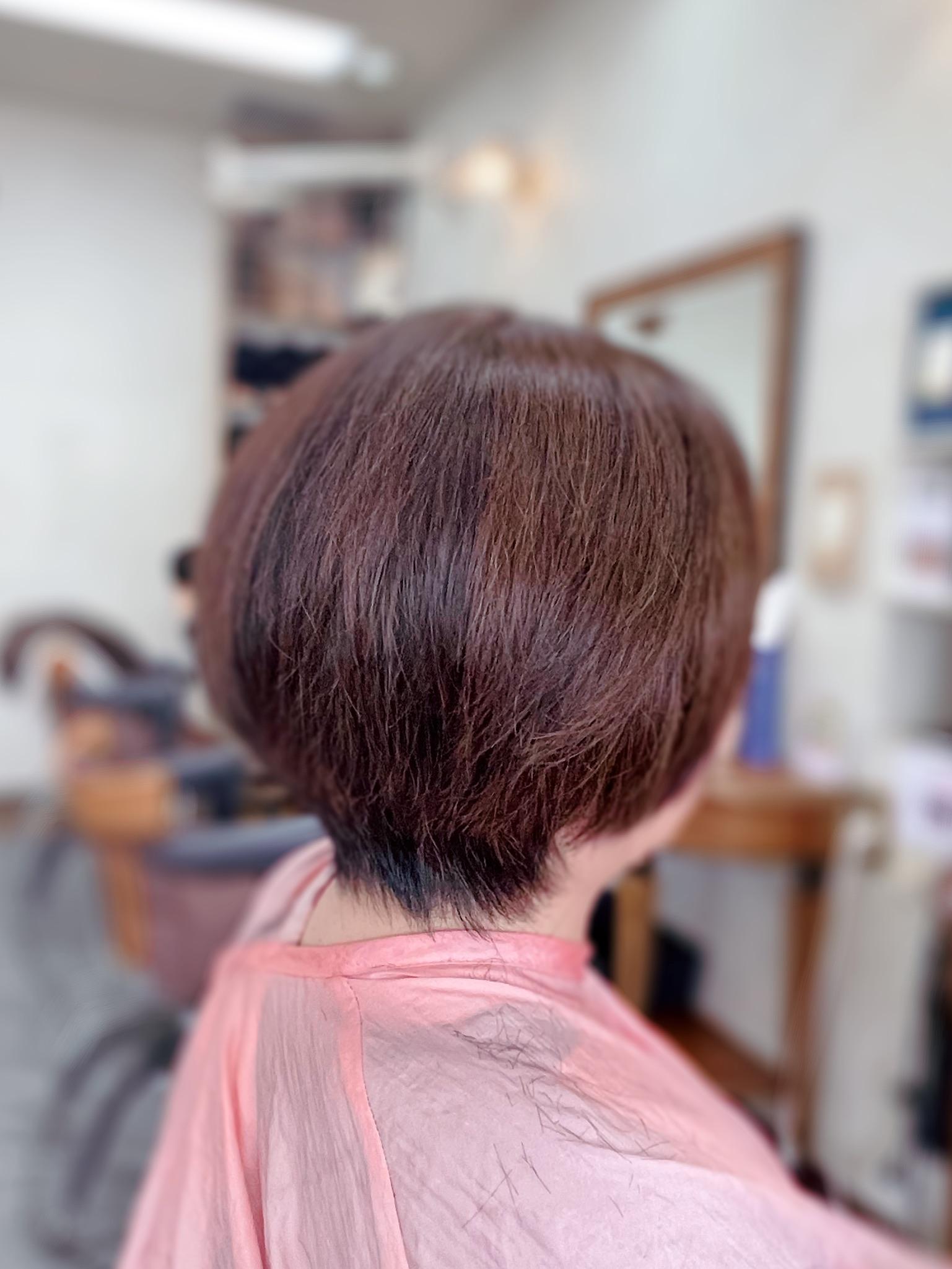 #白髪50% #アロマカラー #酸性白髪染め #くせ毛のカットは #ハサミ1本 #ダメージなし